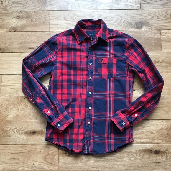 American Eagle fennel Plaid shirt navy blue red